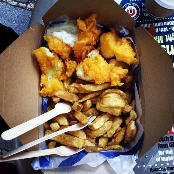 street food nel mondo fish and chips in Gran Bretagna © ANSA