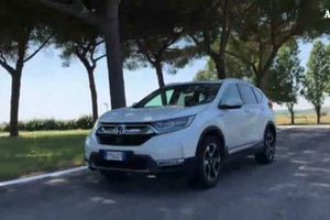 Honda CR-V Hybrid, suv agile come una city car (ANSA)