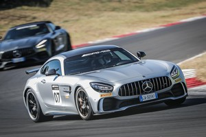 Mercedes AMG Driving Academy all'autodromo di Vallelunga (ANSA)