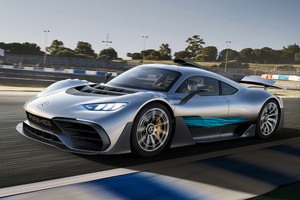 Mercedes-AMG sottopone la Project One da 1.000 Cv a rigorosi test in pista (ANSA)