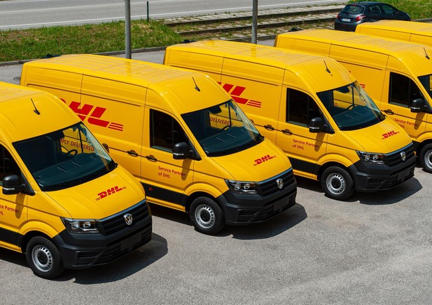 VW Veicoli Commerciali consegna 38 Crafter a DHL © ANSA